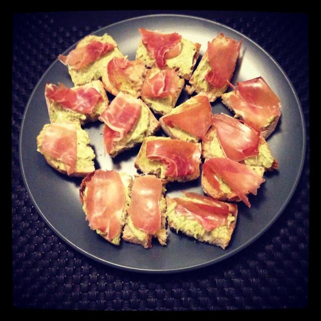 toast-asperge-jambon-cru